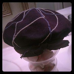 Neumann Endler Accessories - Neumann Endler vintage wool hat